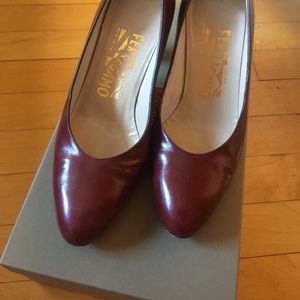 Salvatore Ferragamo, Size 5B, leather pumps